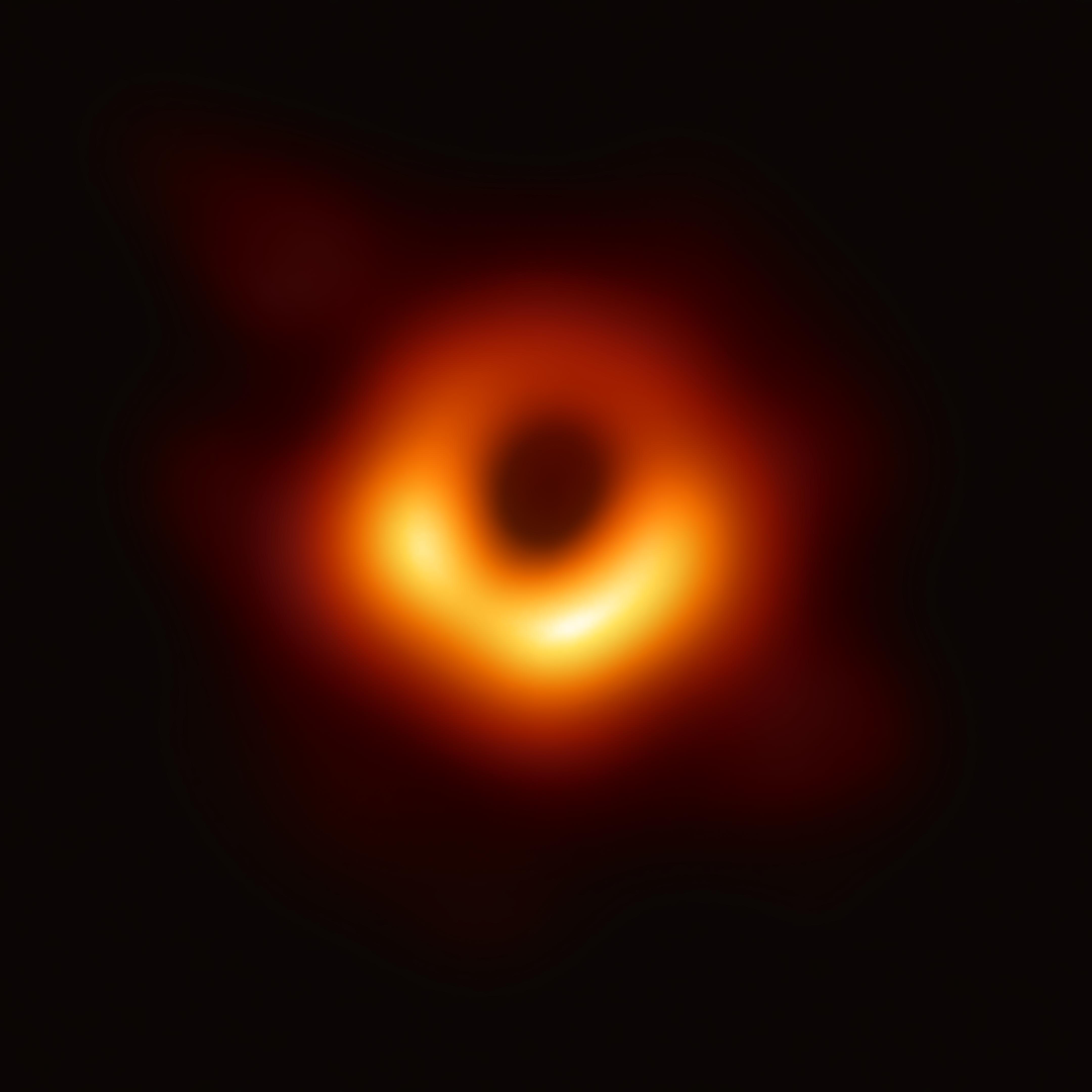 Black_hole_-_Messier_87_crop_max_res